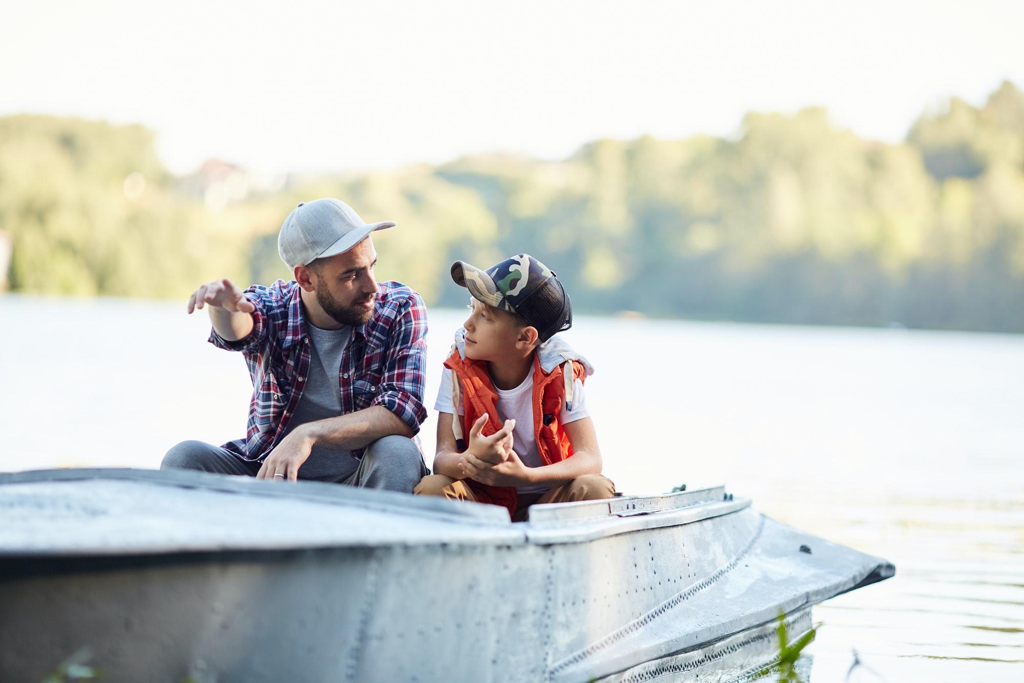 Talk in boat